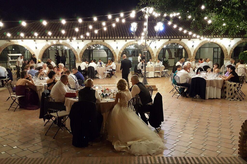 cómo seleccionar los convidados a una boda