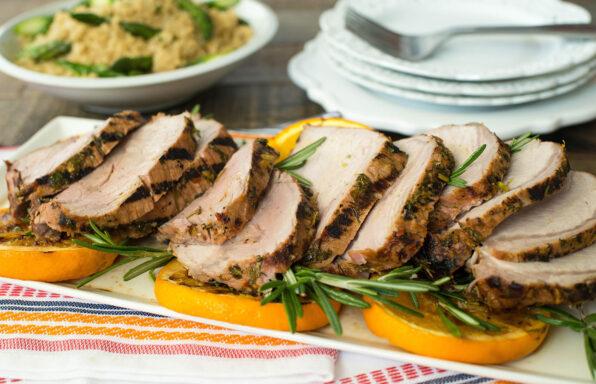 Lomo de cerdo asado y marinado