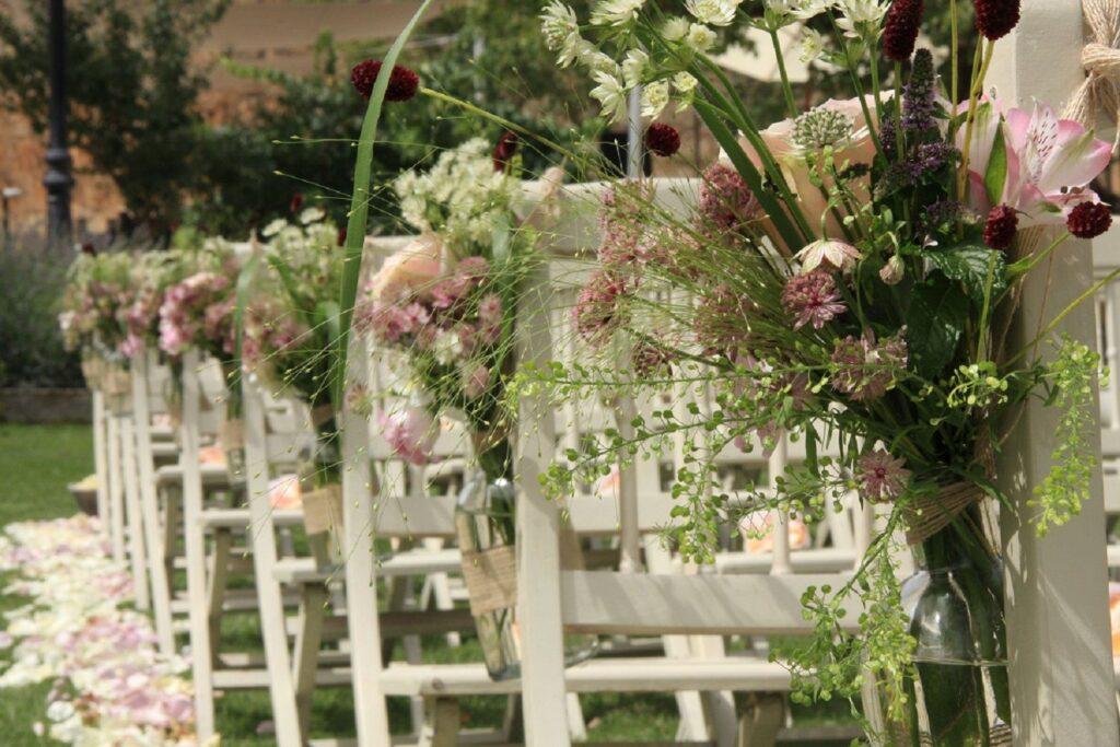 escoger adornos florales para una boda